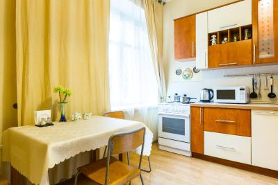 Apartment Vorontsovskaya 19B