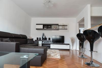 Apartament Alba-Carolina