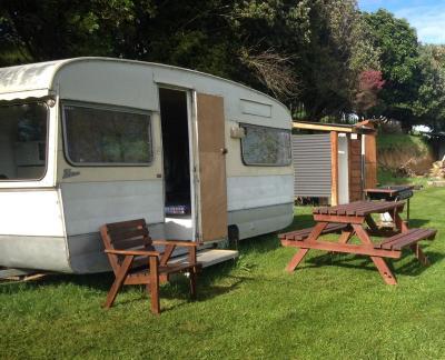 Country Caravan