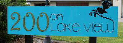200 on Lake View