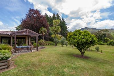Pinnacle Views NZ - Adults Only