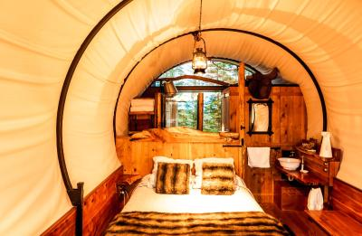 WagonStays Luxury Escape