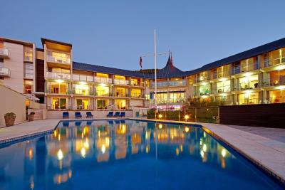 Picton Yacht Club Hotel