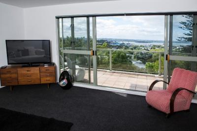 Majestic 3 Bedroom Apartment with magnificent views