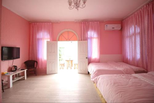 Mainland Chinese Citizens- Rose Twin Room