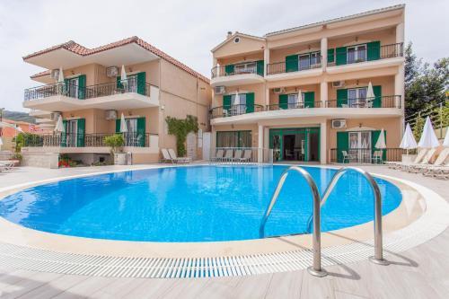 Konstantinos Hotel & Apartments 2