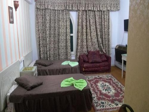 Basic Double or Twin Room, Shared Bathroom, City View