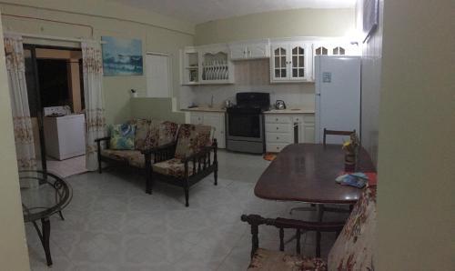 Glen's Guesthouse, Calliaqua