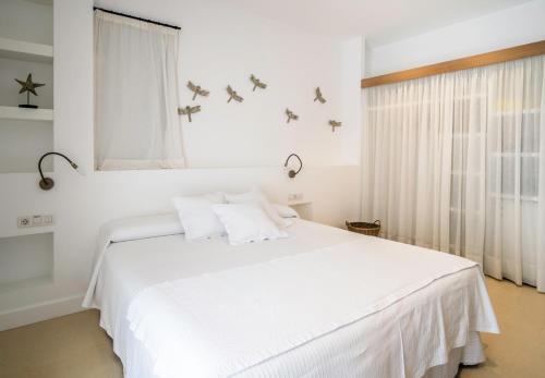 Habitación Doble Estándar con acceso al spa - 1 o 2 camas Hotel Es Marès 6