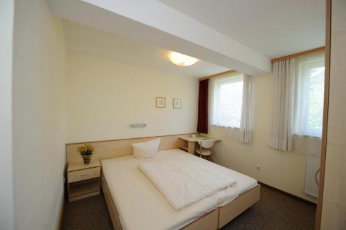 Double Room Single Use - Annex