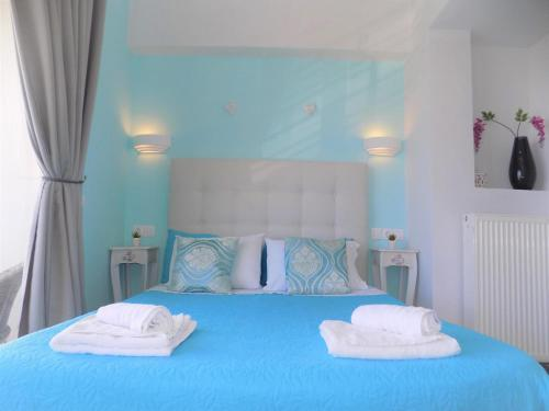 Junior Suite with Sea View-Gol