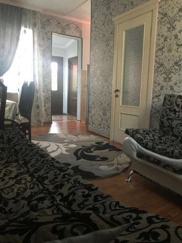 Отель Уютный Веселый Дом