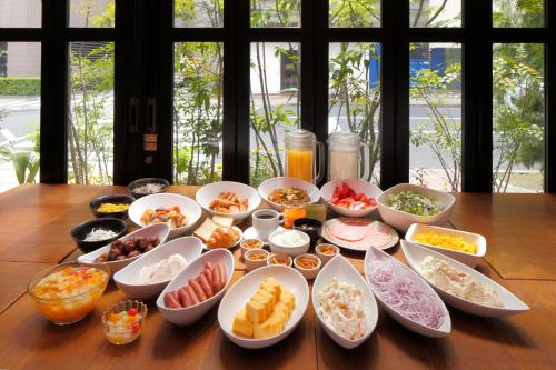 Apa hotel hatchobori eki minami book online bed for Bed and breakfast tokyo
