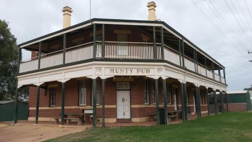 Munty Pub