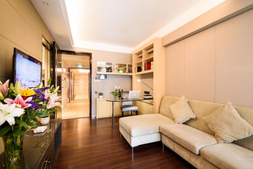 Mainland Chinese Citizen- One Bedroom