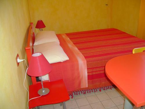 B b su canape tresnuraghes sardinia rentals and resorts - Canape b b italia ...