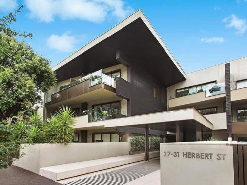 Espresso Apartments - St Kilda Garden Views, Melbourne