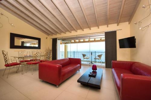 9 Muses Sea View Studios, Benitses