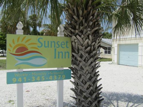 Sunset Inn B