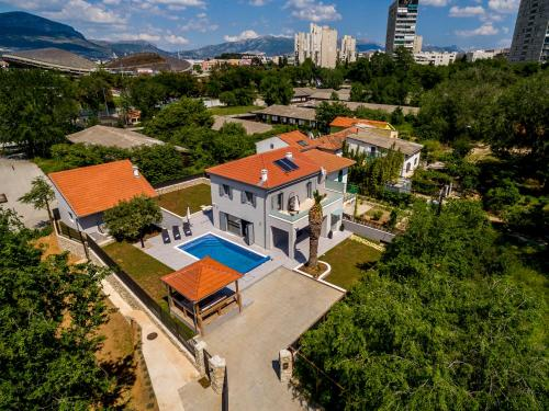 Luxury Villa Sarina with pool in Split center