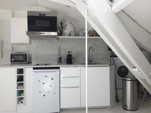 l appartement coiffure bordeaux coiffures la mode de. Black Bedroom Furniture Sets. Home Design Ideas