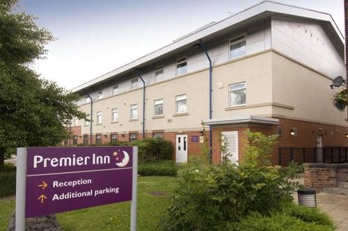 Hotels Amp Vacation Rentals Near Manchester Heaton Park From