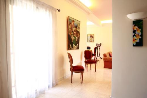 Flat in the heart of gemmayzeh beirut, Bejrut