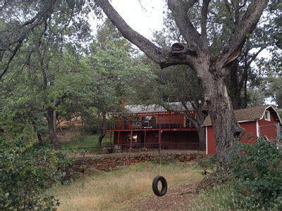 Under The Peaceful Oaks