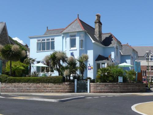 Photo of Blue Palms Hotel Bed and Breakfast Accommodation in Bournemouth Dorset