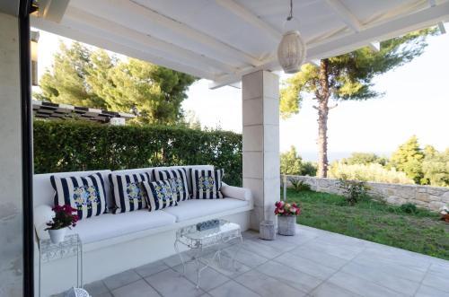 White Rose Villa