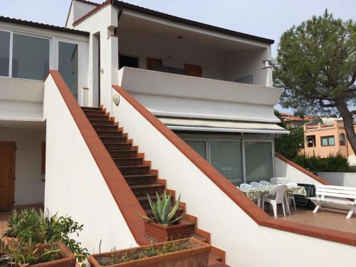 Terrazze Fiorite Apartment   Book online   Bed & Breakfast Europe