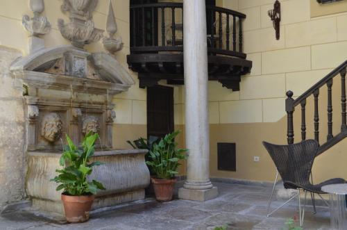 Palacio De Mariana Pineda