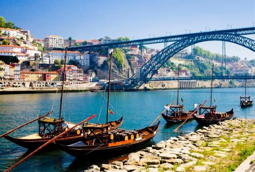 Special Offer - Double Room with Porto Tour