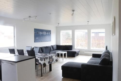 Nelja magamistoaga korter (Four-Bedroom Apartment)