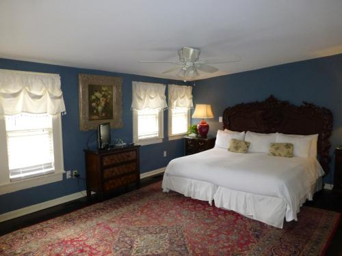 Savannah Bed & Breakfast Inn