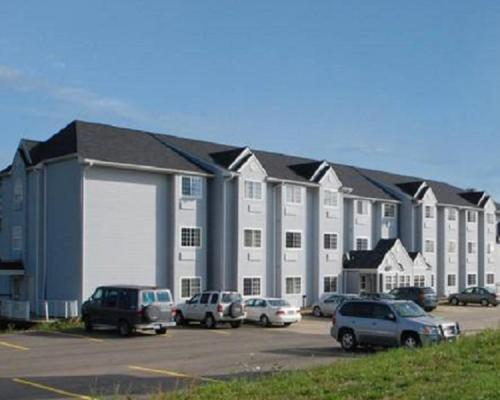 Knights Inn & Suites St. Clairsville