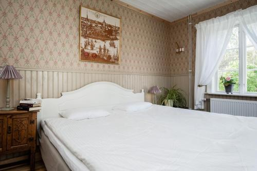 Enångers Bed and Breakfast