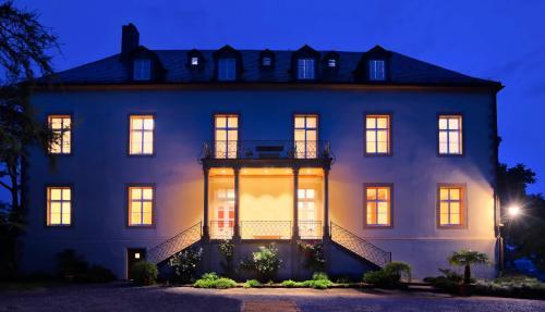Hotel Brunnenhaus Schloss Landau