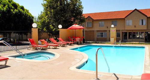 Guesthouse Inn & Suites Upland