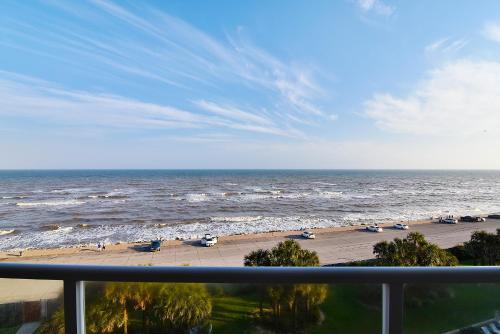 Diamond Beach 604-Sea La View Condo