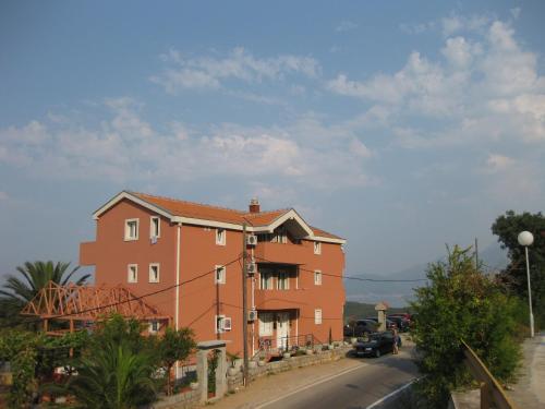 Отель Apartments Drobni Pijesak 3 звезды Черногория