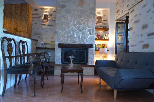Villa Kotronia