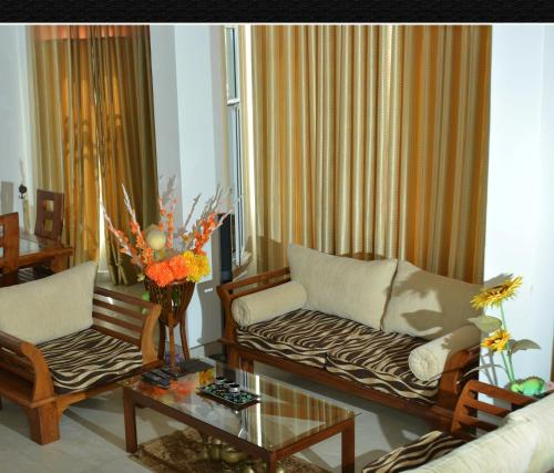 Kumaratunga Mawatha Holiday Home