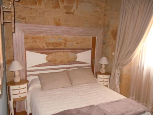Double or Twin Room with Spa Access Posada La Torre de los Isla & Spa 9