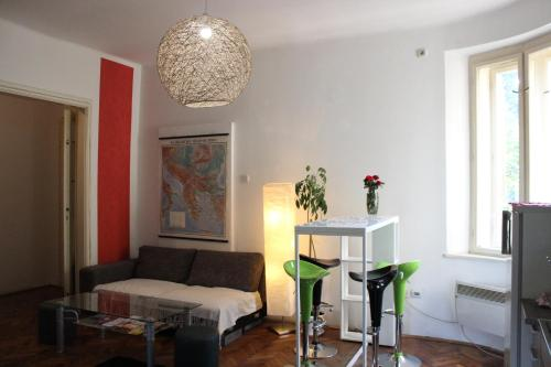 Balkan Rooms & Apartment