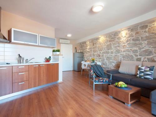 Apartment Centar 10.2