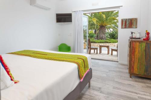 Double Room with Garden View Ibizazen 4