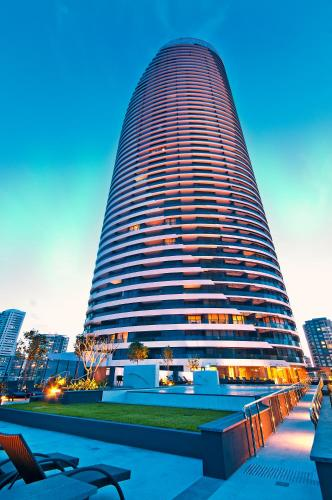 Oracle Resort Broadbeach - GCLR