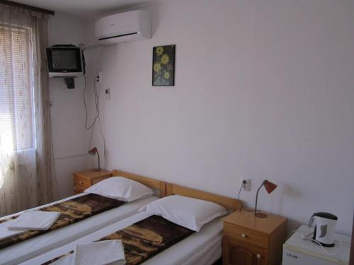Doppelzimmer mit eigenem externen Bad (Double Room with Private External Bathroom)