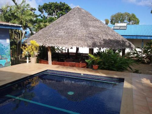 Vanuatu Holiday Hotel, Порт-Вила